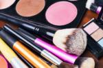 Ποσό Συχνά Πρέπει να Αλλάζουμε τα Προϊόντα Μακιγιάζ;