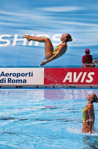 Συγχρονισμένη κολύμβηση : Αγώνας για μια θέση στο βάθρο