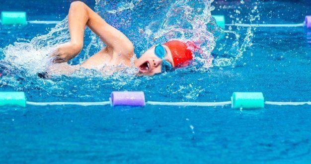 Γιατί να μάθω τόσα διαφορετικά στυλ κολύμβησης;
